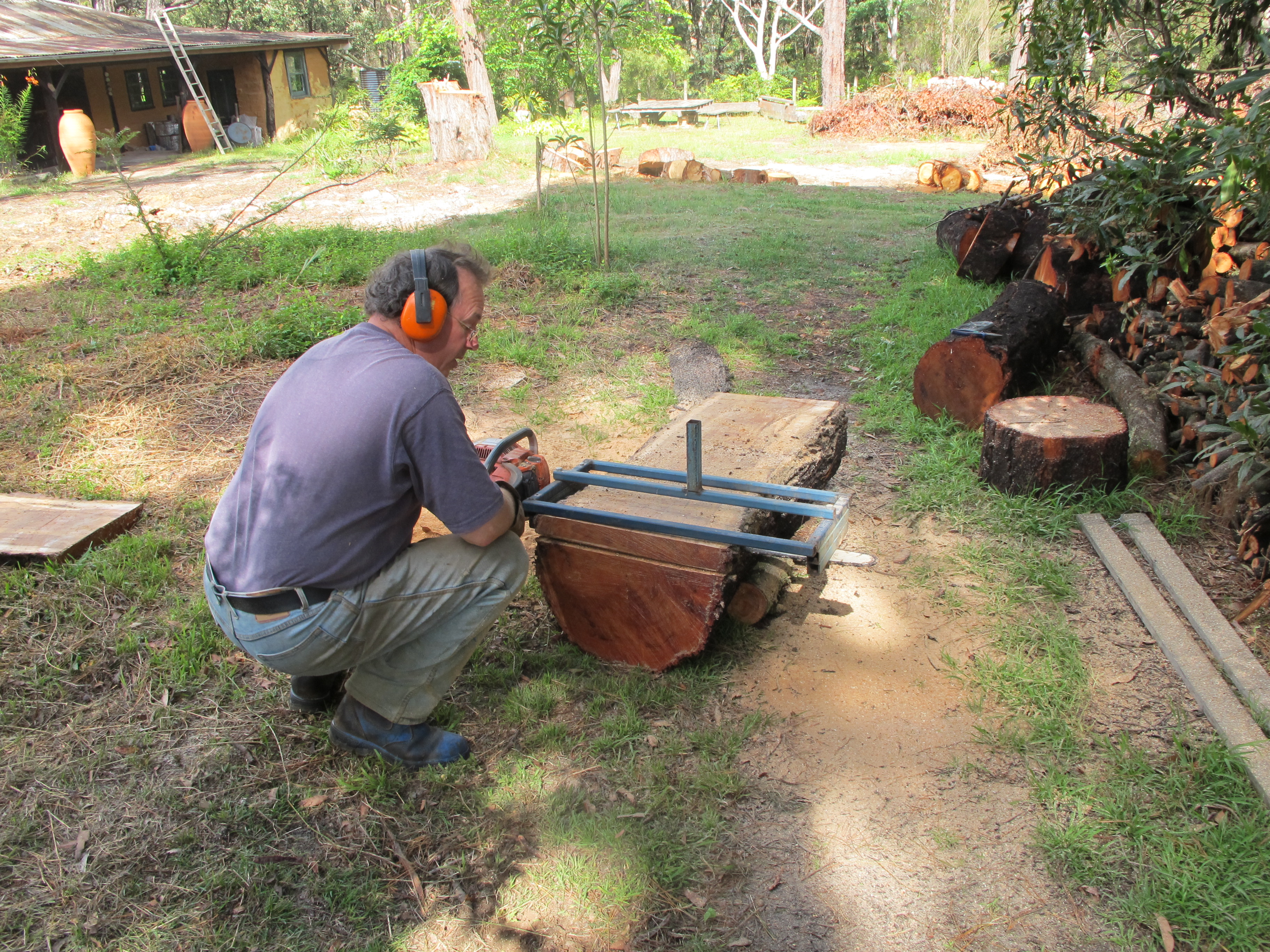 Home Made Chainsaw Saw Mill Tonight My Fingers Smell Of